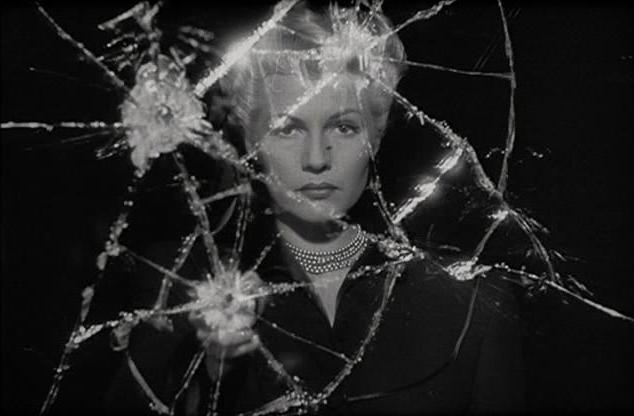 La dama de Shangai y los cristales rotos