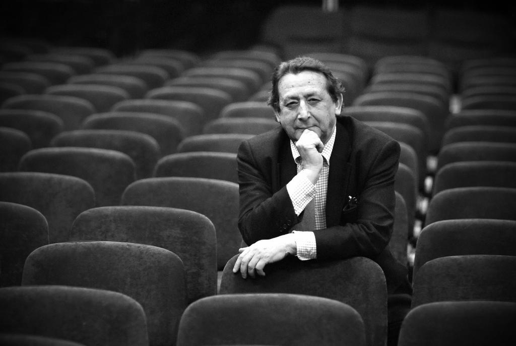 """Alfonso Ussía: """"Los editores merecen un castigo, han abusado de los autores toda la vida"""""""