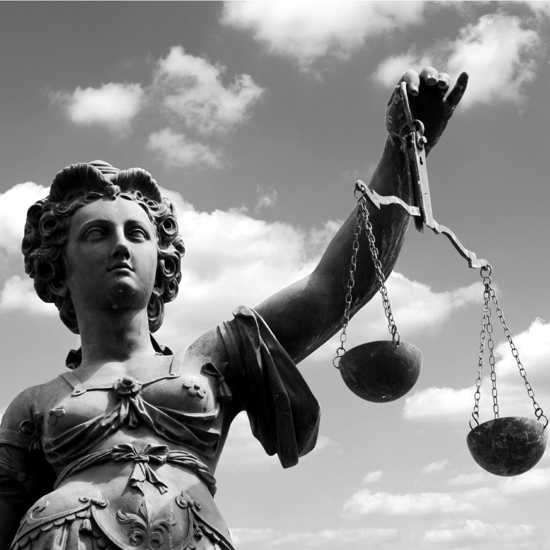 Historia idiota del Derecho
