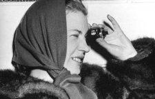 Lee Miller (1908-1977) photographe americaine en 1947 en Suisse  --- Lee Miller (1908-1977) american photographer in 1947 in Switzerland *** Local Caption *** Lee Miller (1908-1977) american photographer in 1947 in Switzerland