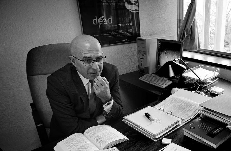 José Manuel Gómez Benítez: «Es difícil mantener que todos somos iguales ante la ley»