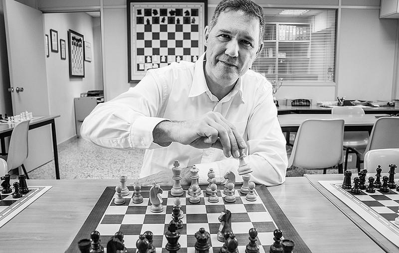 Miguel Illescas: «Magnus Carlsen es un poco friki; si no lo fuera, seguramente no sería tan bueno»
