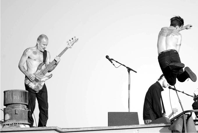 Flea y Anthony Kiedis, de Red Hot Chilli Peppers. Foto: Cordon Press.