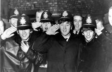 Los Beatles con la policía de Birmingham. Foto: West Midlands Police (DP)