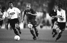 1997, Barcelona, Spain --- Brazilian soccer player Ronaldo playing for FC Barcelona during a Liga match against Valencia. | Location: Barcelona, Spain.  --- Image by © Christian Liewig/TempSport/Corbis