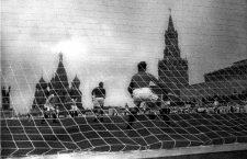 Partido de exhibición entre el Spartak y el Dinamo en la Plaza Roja, 1936. Fotografía: DP.