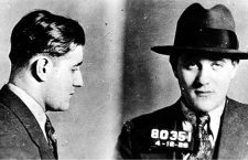 Bugsy Siegel en una ficha policial de 1928. Foto: New York Police Department (DP)