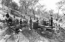 Mineros durante la fiebre del oro, anónimo, ca. 1900. Fotografía: National Archives and Records Administration.