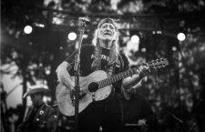 Willie Nelson y su guitarra Trigger, San Francisco, 2013. Fotografía: Corbis.