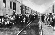 Supplies train for the russian transported convicts starving during deportation to Siberia (gulag) 20's. (Photo by APIC/Getty Images)