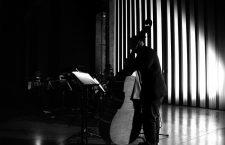 Gavin Bryars en la Tate Modern. Foto: Georg Schroll (CC).