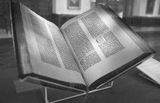 La biblia Gutenberg. Imagen: CC.