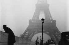 Iena bridge and Eiffel Tower in the mist. Paris (VIIth arrondissement), 1937. Photograph by Roger Schall (1904-1995). Paris, musée Carnavalet.