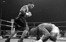 MIKE TYSON V JULIUS FRANCIS MANCHESTER...MIKE TYSON CATCHES JULIUS TO KNOCK HIM DOWN FOR THE 4TH TIMEPIC RICHARD PELHAM