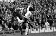 Partido entre el Tottenham Hotspur y el Liverpool, 1975. Fotografía: Corbis.